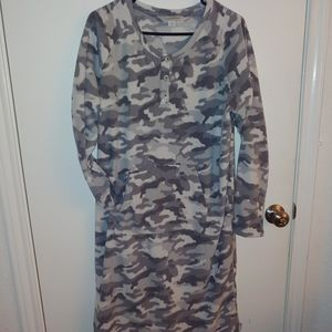 Guideseries flannel nightgown or robe
